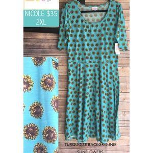 NWT Lularoe Nicole Dress Size 2XL
